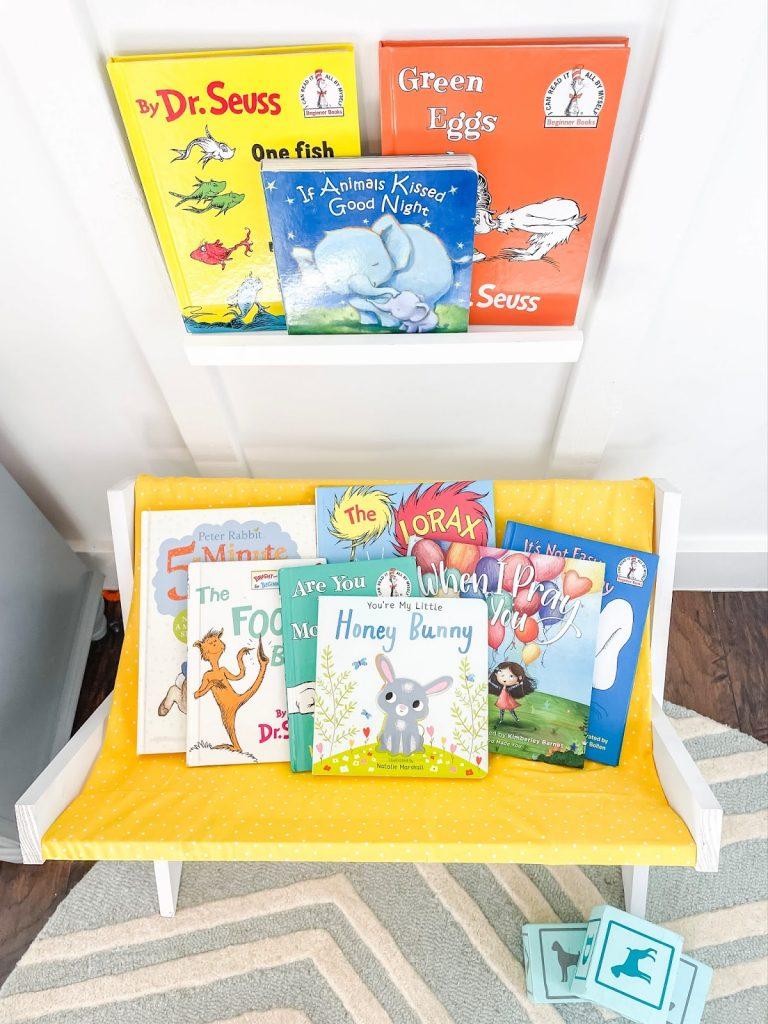 Ide penyimpanan untuk buku anak-anak